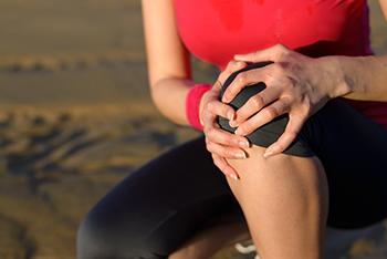 辛い関節の痛みの原因とその対処法