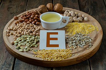 ビタミンEの働きと効果・摂取目安量について