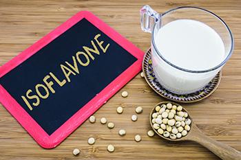 イソフラボンは男性にもオススメ! その健康効果とは?