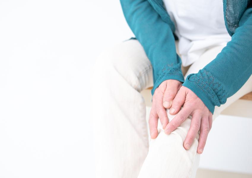 """膝が痛くて歩きたくない 関節に""""プロテオグリカン""""がいい理由"""