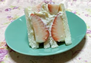 健康レシピ39 ヨーグルトクリームのサンドイッチ